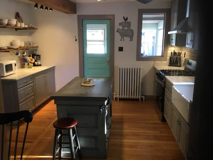 Farm House Chic Close to Milwaukee Events