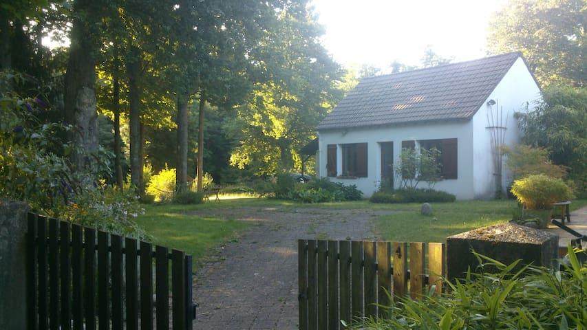 Petite maison indépendante 42m² - Saint-Ange-le-Viel