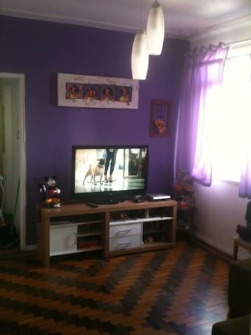 Amplo apartamento mobiliado - Porto Alegre - Appartement
