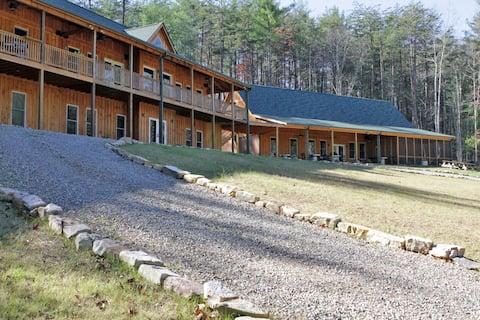 Mountain Shepherd Lodge - Catawba, Virginia