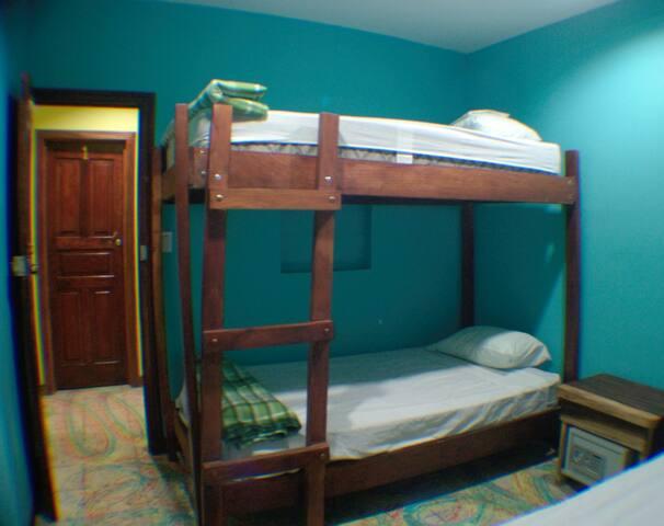 Coral Reef Hostel - Private Room 6