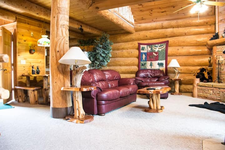 LeConte - Secluded Mountain Top Cabin
