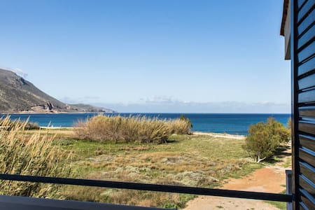 Seafront villa near Gramvousa up to the beach - Kissamos