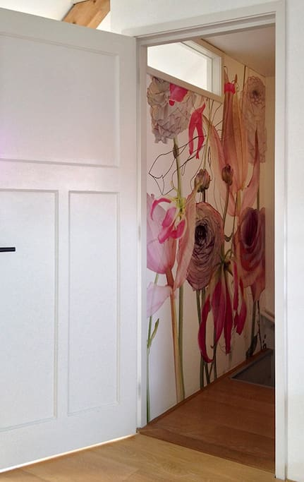 A colourfull entrance to the room
