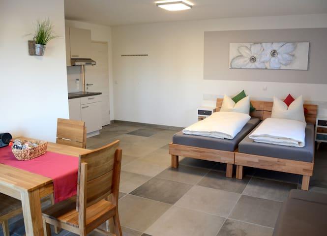 Appartement 1 Flughafen/Messe/Therme - Erding ( Eitting / Reisen) - Apto. en complejo residencial