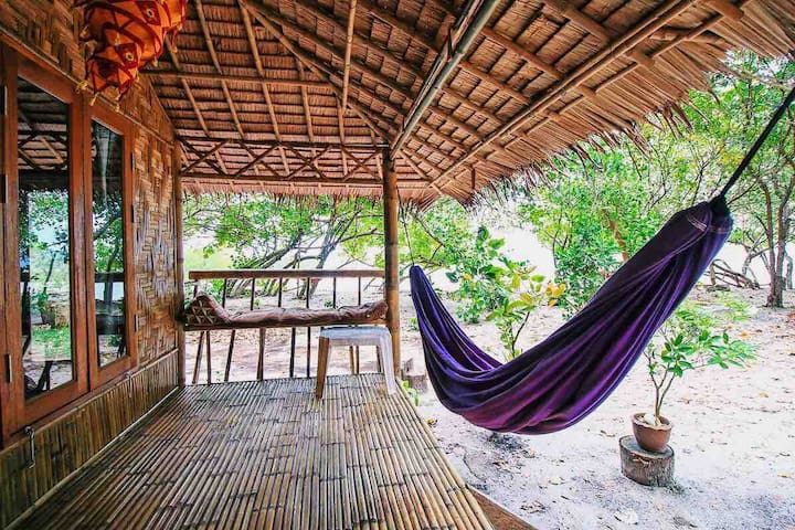 Bamboo Bungalow l Seaview & Peaceful