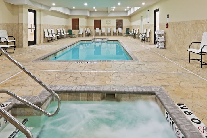 Free Breakfast + Hot Tub + Heated Saltwater Pool | 24 Hour Business Center