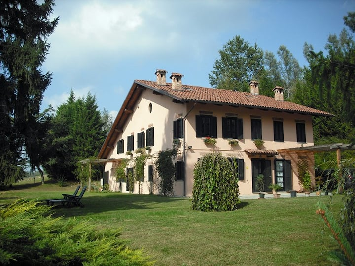 Lovely B&B on the Monferrato hills