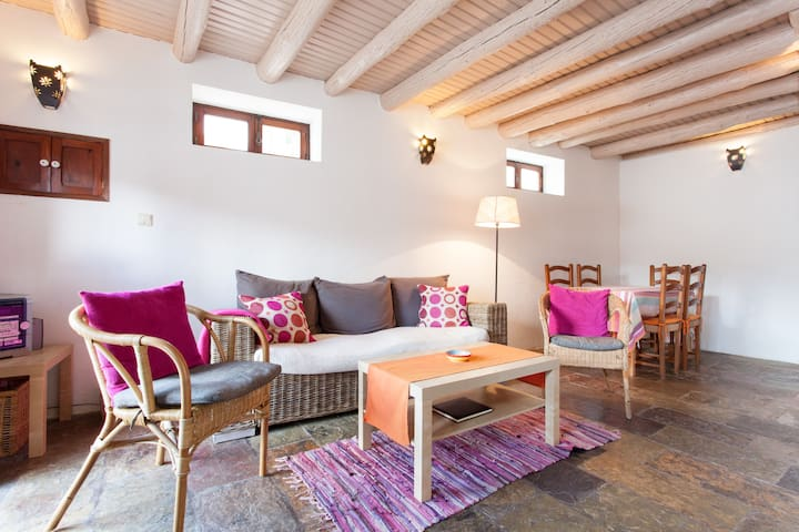"""Casa Bordeira""  Holiday Cottage"
