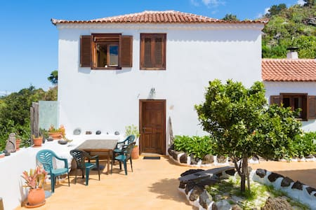 OCEANVIEW  COUNTRY HOUSE 2 - 6 Pers - El Tanque - Casa