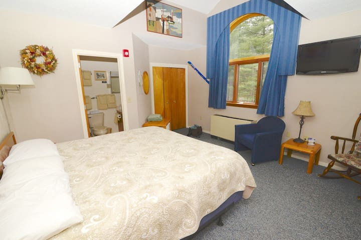 Attitash Mountain Resort Hotel Room - Bartlett - Apartament