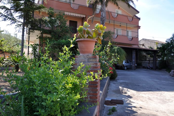 Villa Blancato-Gole Alcantara