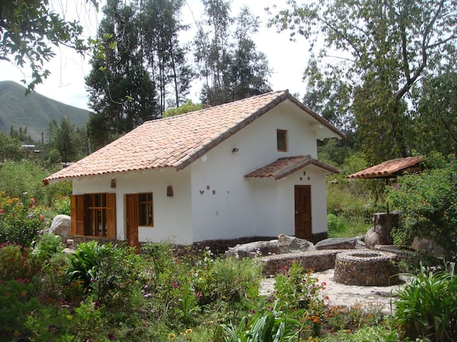 Cusco Cozy Cabin in Urubamba - Urubamba - Bungalow
