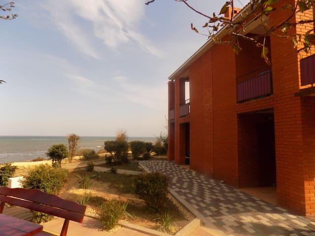 Апартаменты с видом на море - Peresyp' - Apartamento