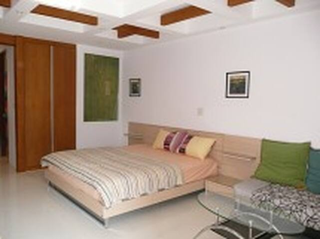 Appartments Edelweiss Pattaya - Pattaya - Casa