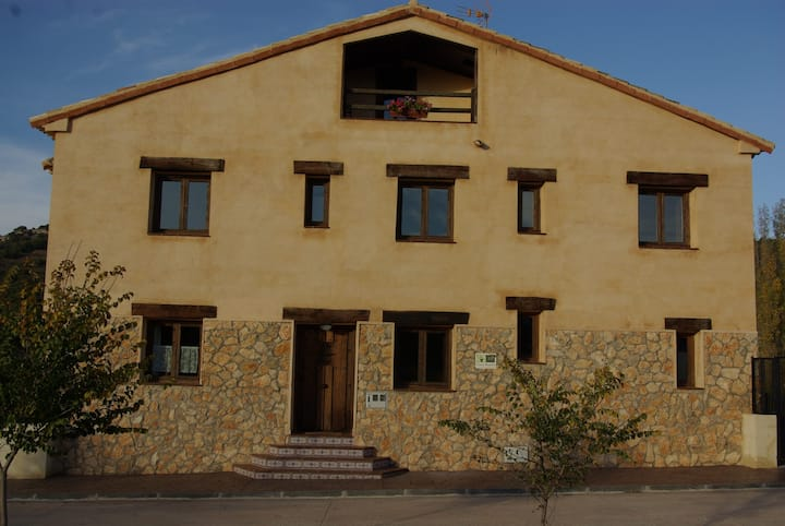 Casa Rural la Bartola. Perfecta para grupos,