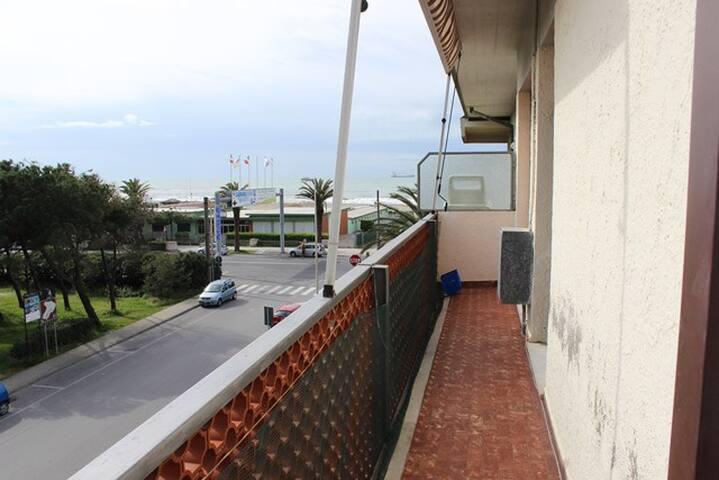 appartamento 50 metri mare