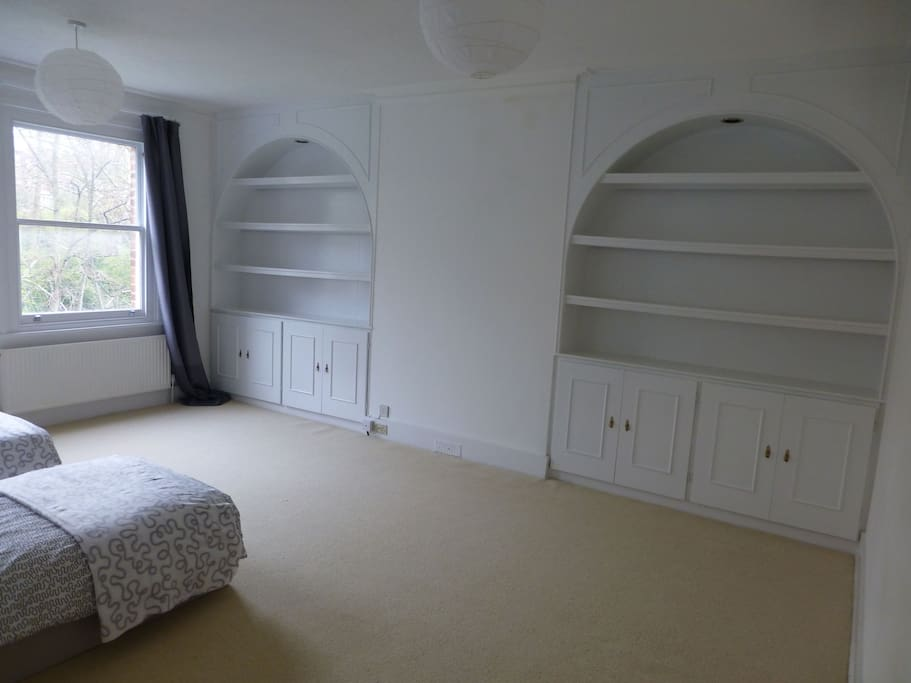 Double bedroom with twin beds, an extra toddler bed can be added