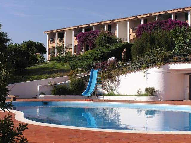 Appartam. con piscina Cala Bitta 6p - arzachena - Apartemen
