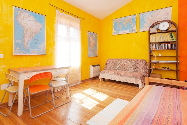 Apartment with swimming pool near Cinque terre