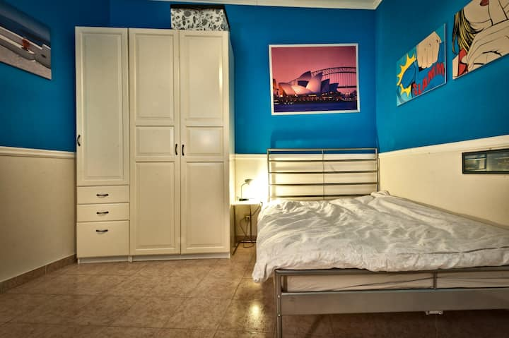Cosy room close to Udine metro stop