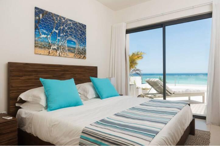 Cap Ouest  3 Bedrooms Beachfront Suite