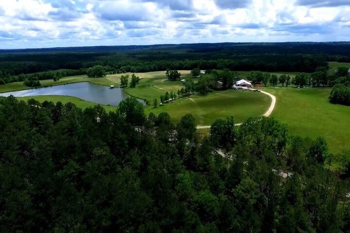 The Cabins @ Dream Field Farms 1-1
