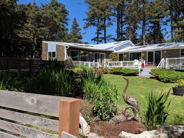 Coast Road Cottage