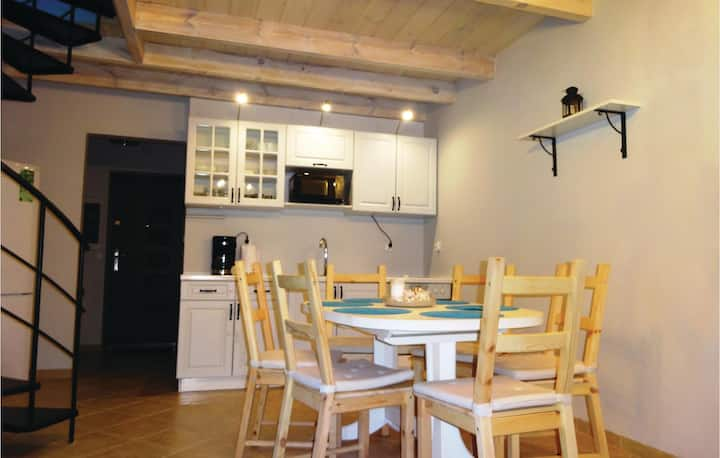 Nice home in Choczewo with 3 Bedrooms