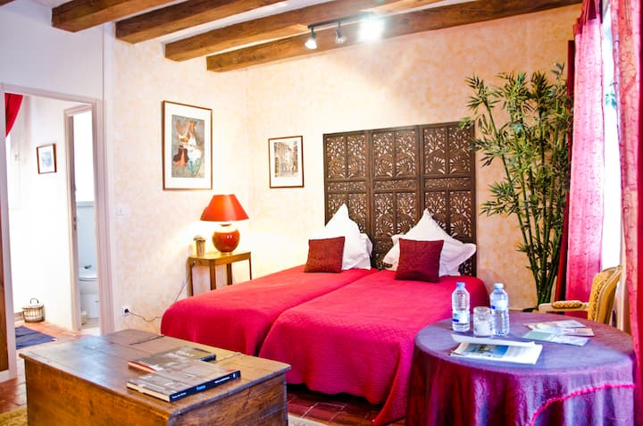 Medieval Guestrooms in Loire Valley