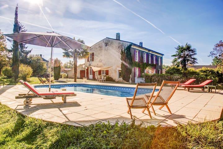 La maison de vacances - Saint-Dizant-du-Gua - Vila