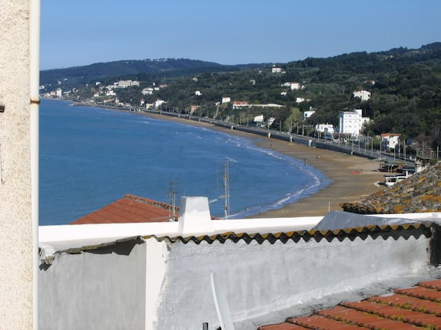 Sweet Home, Old Town, 250m from sea - Rodi - House