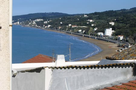 Sweet Home, Old Town, 250m from sea - Rodi