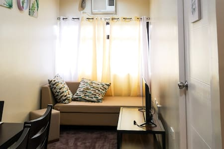 [NEW!] 1BR New Condo Unit with WIFI and NETFLIX!