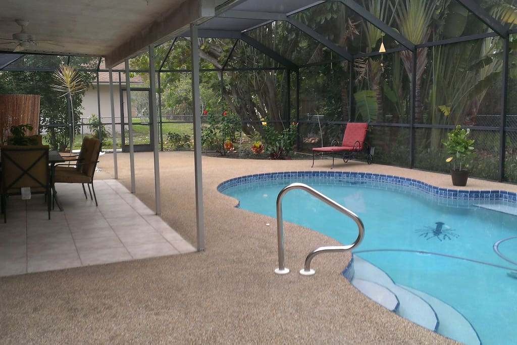 Tropical pool home case in affitto a fort myers florida for Piani di casa in florida con lanai
