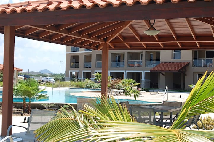 10%off for January Ocean View 2 bed - Oranjestad - Apartment