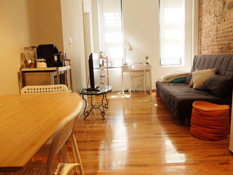 Sunny Living Room & Dinning Area