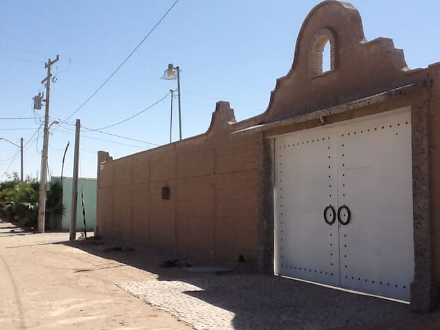 Affordable, peaceful and safe wifi - Torreón - Departamento