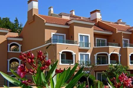 Apartamento em Resort  - Turcifal