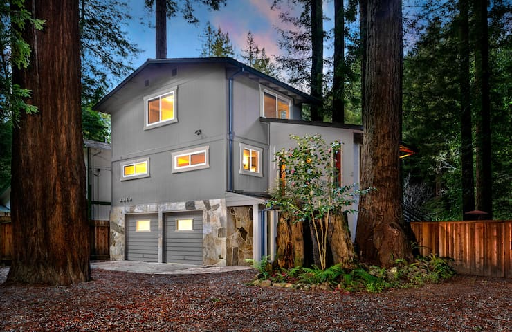 Creekside Lodge - Cazadero - Casa