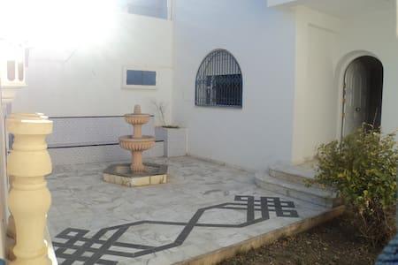 Villa bord de mer centre Hammamet - Hammamet