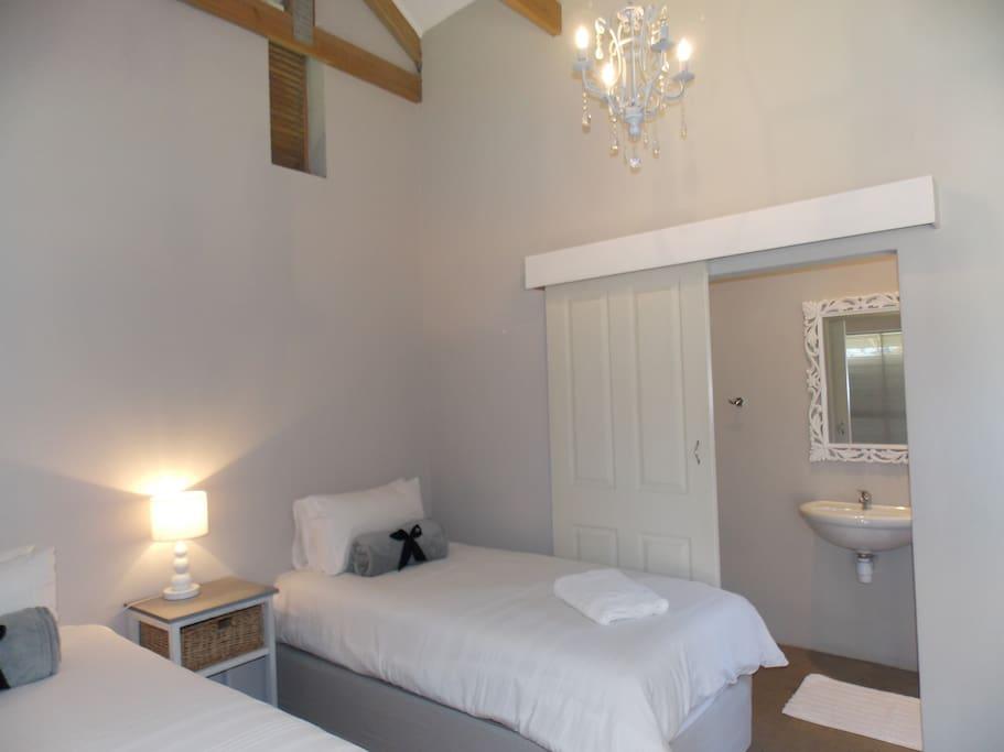 Room 1 with en-suite bathroom