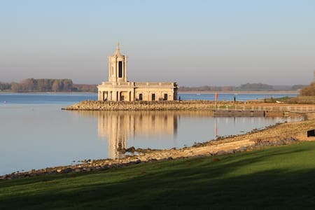 Delightful Rutland Water Accommodation