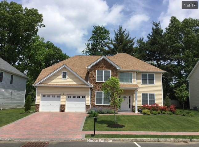 PGA Championship House for Rent - Springfield Township - Huis