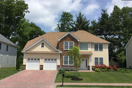 PGA Championship House for Rent - Springfield Township