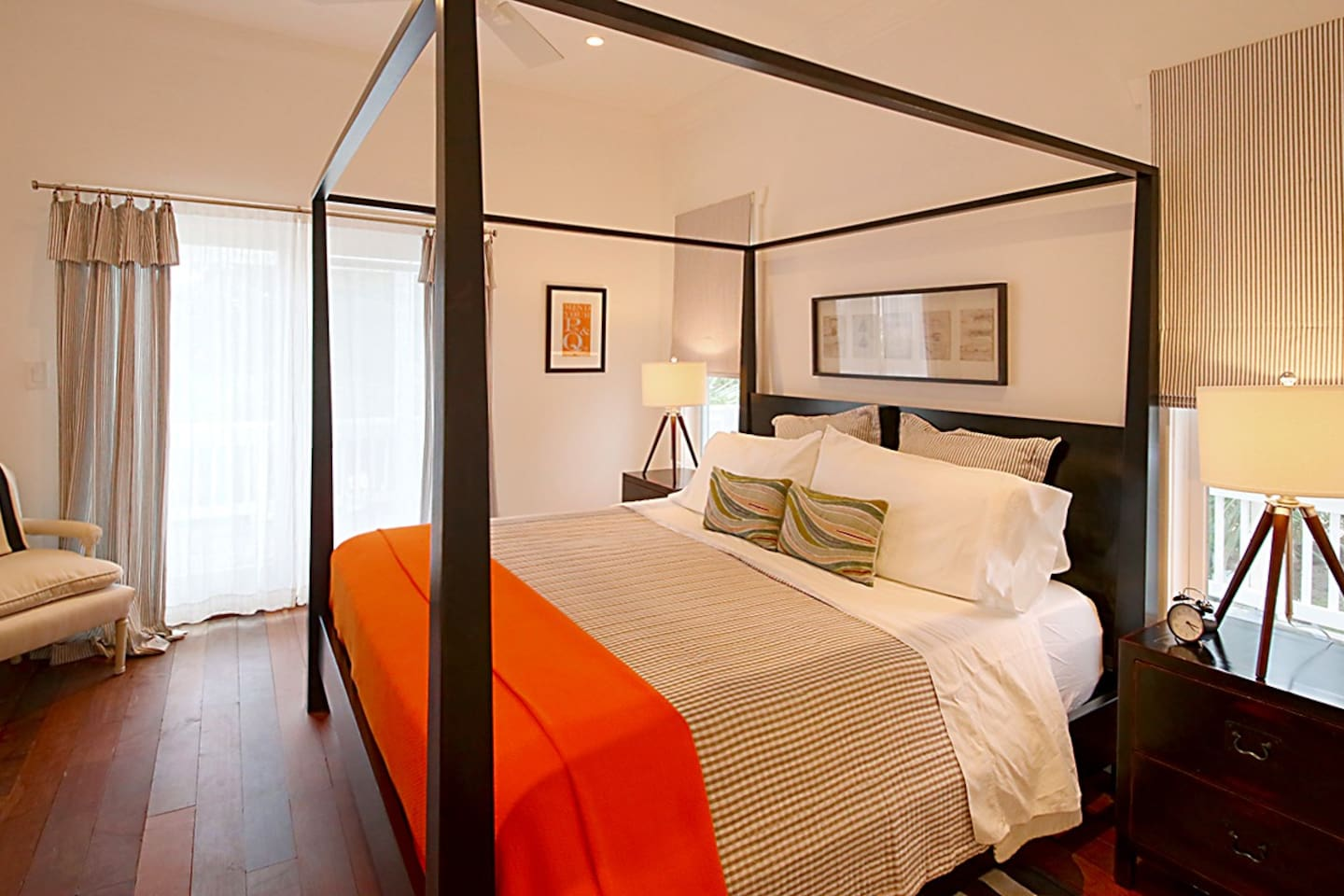 Master bedroom, with grand 4 poster King bed