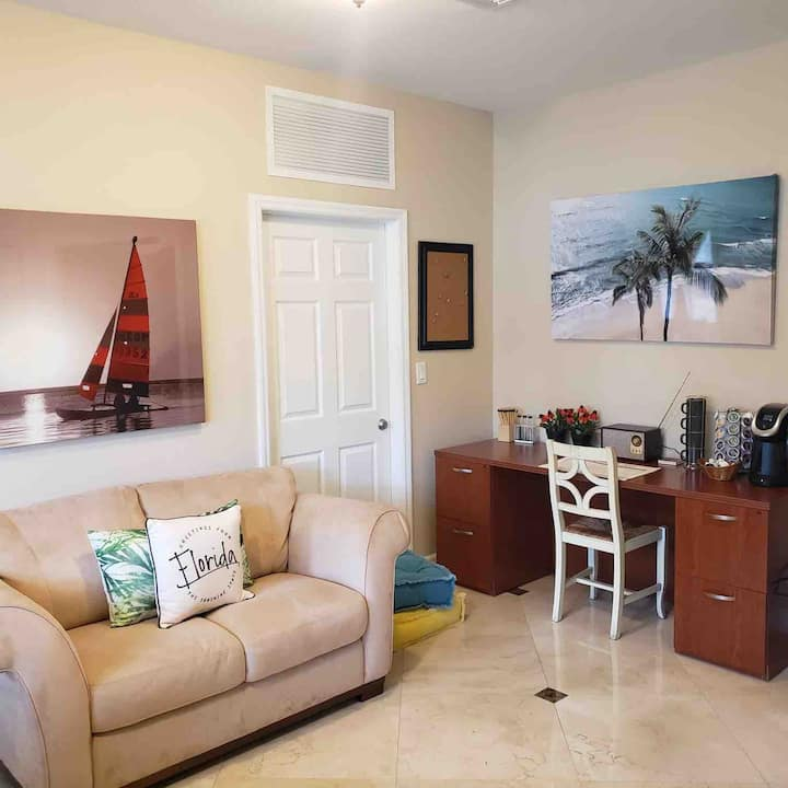 Private guest suite only 30 mins from Key Largo