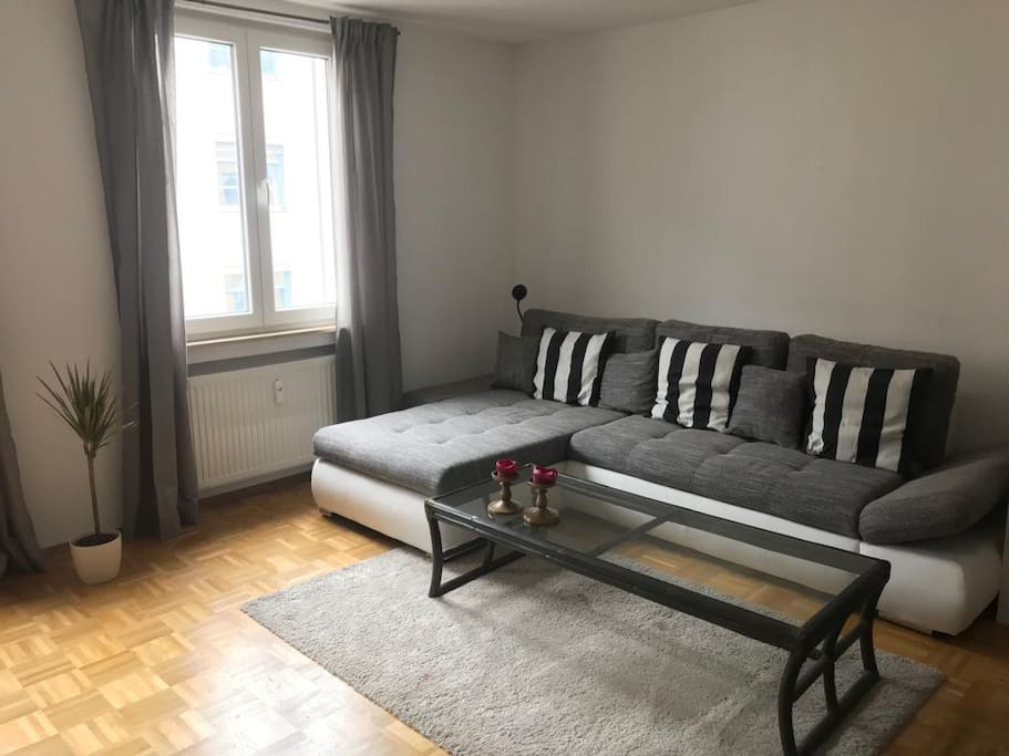 Cozy Room In The Heart Of Frankfurt Apartments For Rent