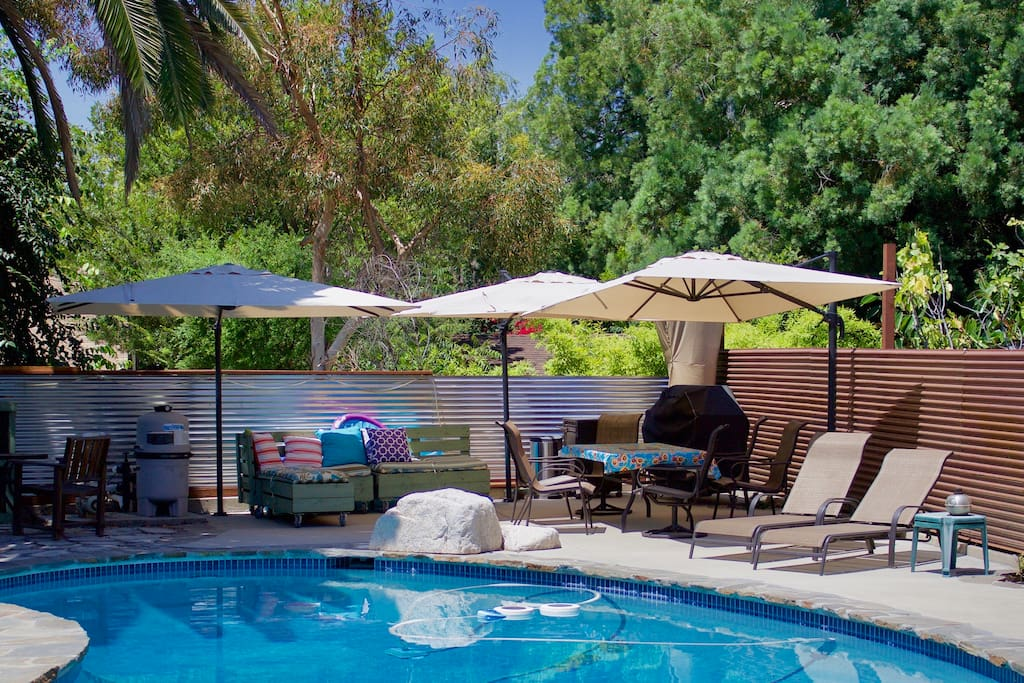 Updated! Pool, BBQ & Patio Available for guest use