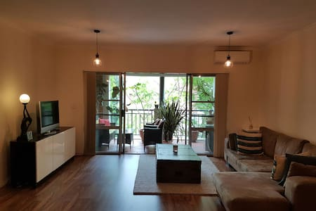 2 Cosy Bedroom with Street parking - Dulwich Hill - Lakás